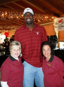 #1 NBA draft choice Greg Oden visits OP event